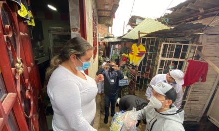 Ministro del deporte entregó 300 mercados como ayuda en época de coronavirus