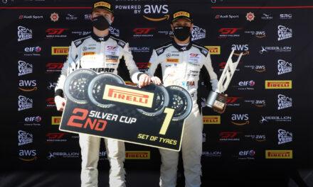 Doble podio para Óscar Tunjo en el Campeonato GT World Challenge en Barcelona