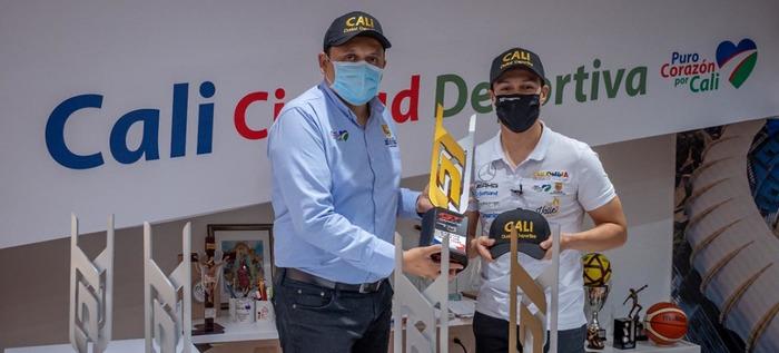 El piloto caleño Óscar Tunjo dedicó sus premios a 'Cali Ciudad Deportiva'
