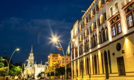 Gobierno del Valle celebra premio internacional de turismo que recibió Cali