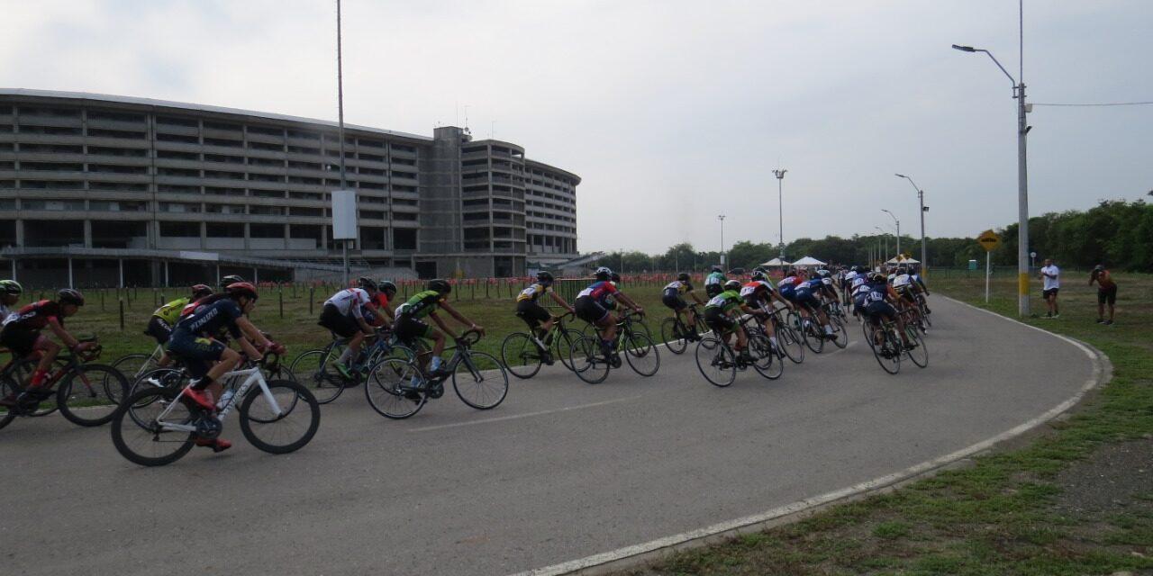 Huila y Risaralda ganaron la ruta del Campeonato Nacional Interclubes de Ciclismo