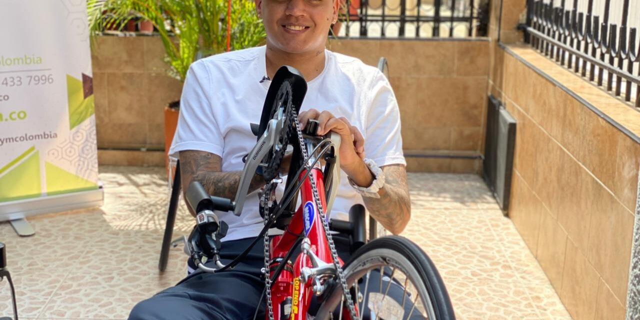 El inicio de un sueño, así fue la entrega de la handbike a Jefferson Herrera