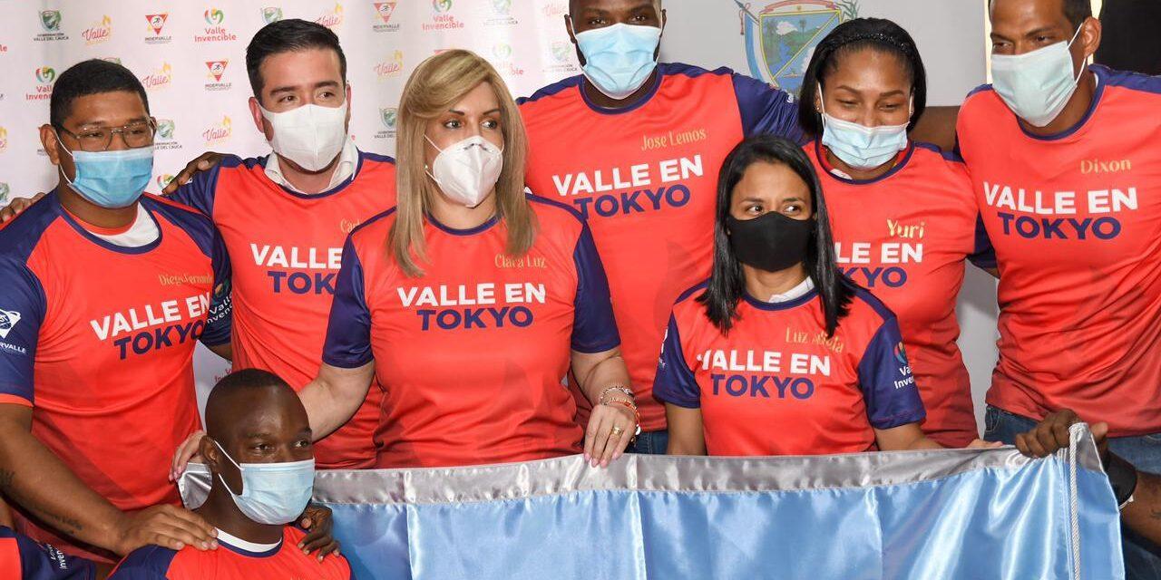 Clara Luz Roldán entregó la bandera del Valle a los atletas que van a Juegos Olímpicos