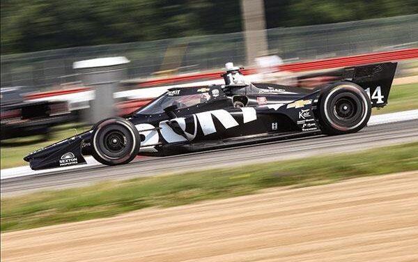 Tatiana Calderón cumple exitoso test en IndyCar