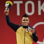 Luis Javier Mosquera gana medalla de plata en halterofilia de Tokio 2020