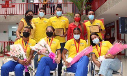 Homenaje a integrantes de la Selección Colombia Femenina de Voleibol
