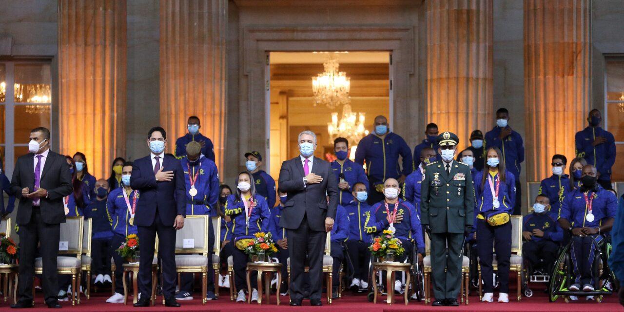 Gobierno Nacional entregó incentivos a medallistas paralímpicos de Tokio 2020